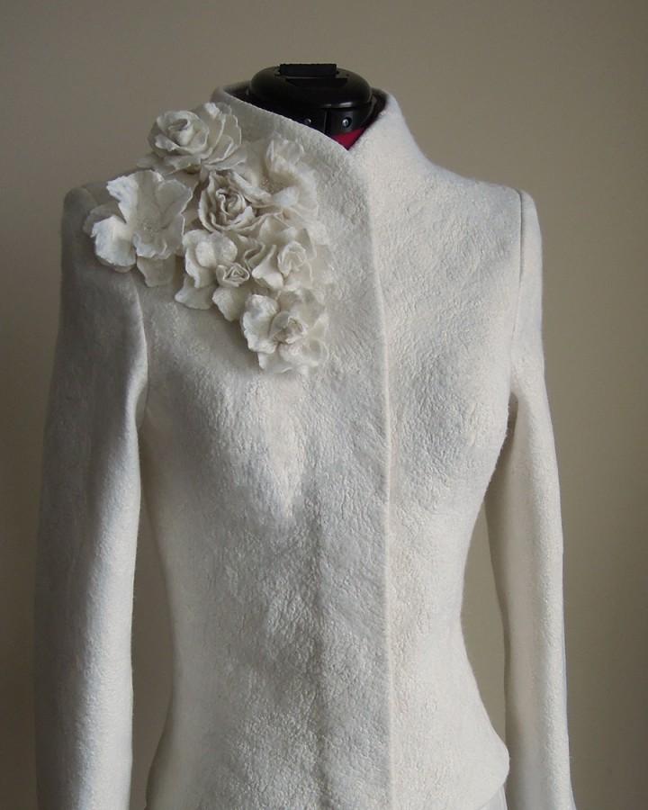 Warm elegant felt bridal jacket | warm wedding jacket |bridal cover up